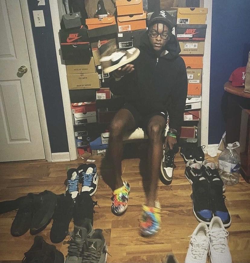 Sneakerheads spending bandz