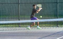 Boys tennis strives to keep Sectional streak alive